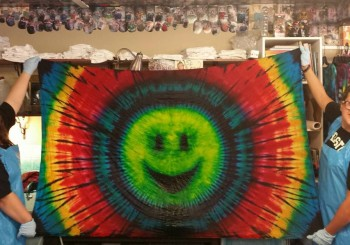TIE DYE YOUR OWN TAPESTRY
